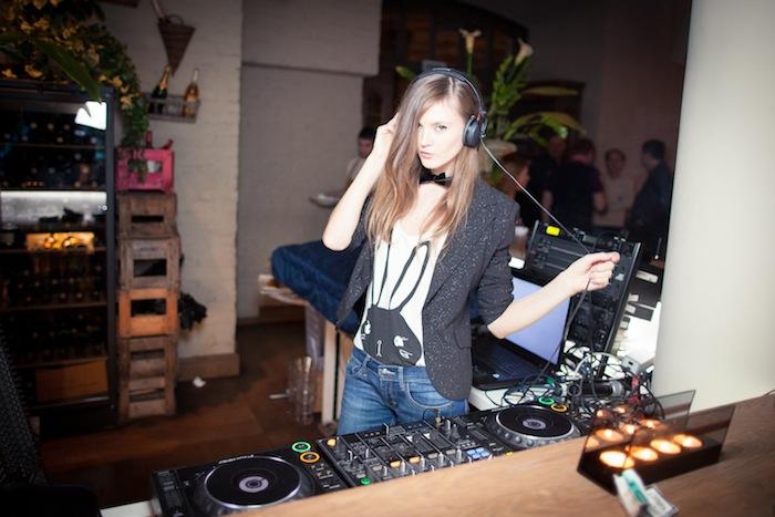DJ Stom