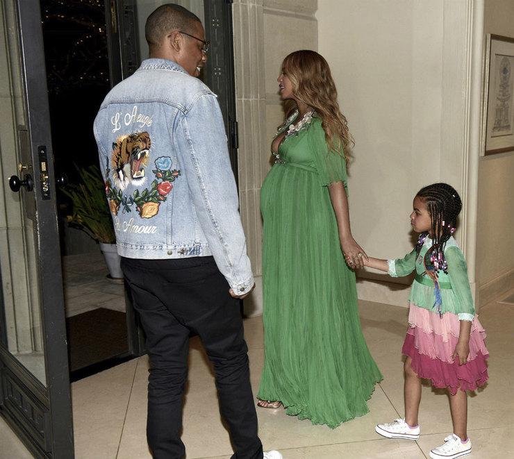 Нежалко: Бейонсе одела пятилетнюю дочь в одеяние за26 тыс. долларов