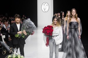 Открытие Недели моды: 23 образа с показа культового бренда Valentin Yudashkin
