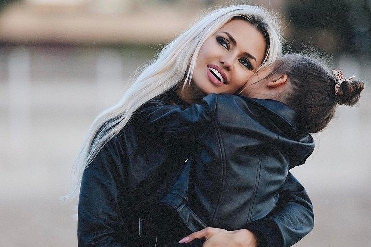 Виктория Боня пережила разрыв сАлексом Смерфитом ивыходит замуж— Чужая невеста