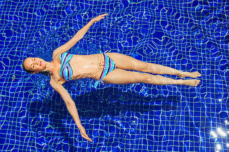Готовимся ксезону купальников: упражнения, которые быстро помогут убрать бока